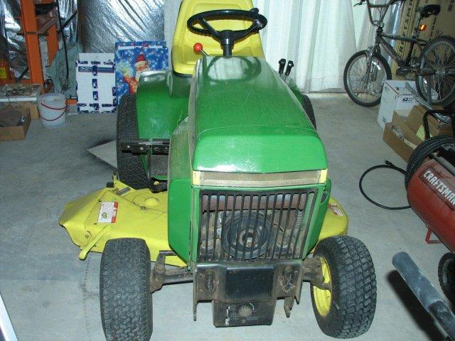 Benchtest Garage John Deere 317